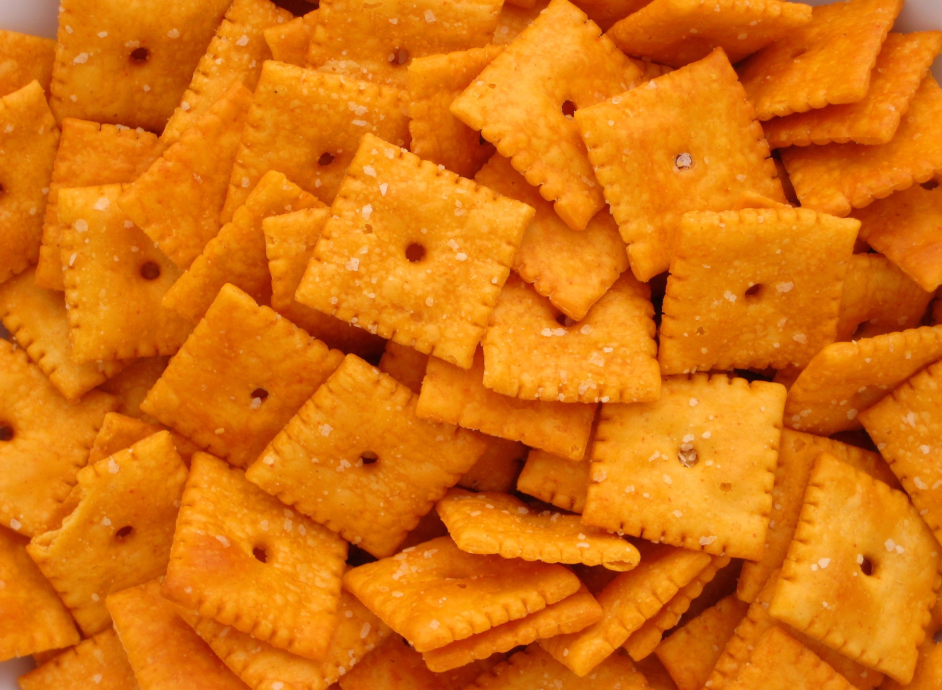 cheese-crackers.jpg